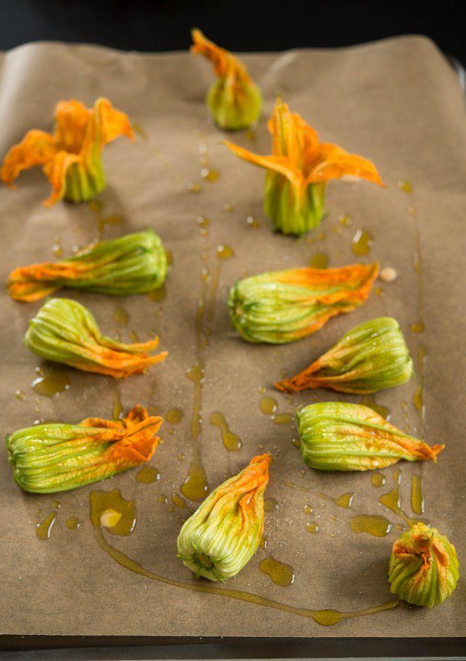 gef llte zucchinibl ten fleurs de courgettes farcies gemischte rezepte und bilder zucchini. Black Bedroom Furniture Sets. Home Design Ideas