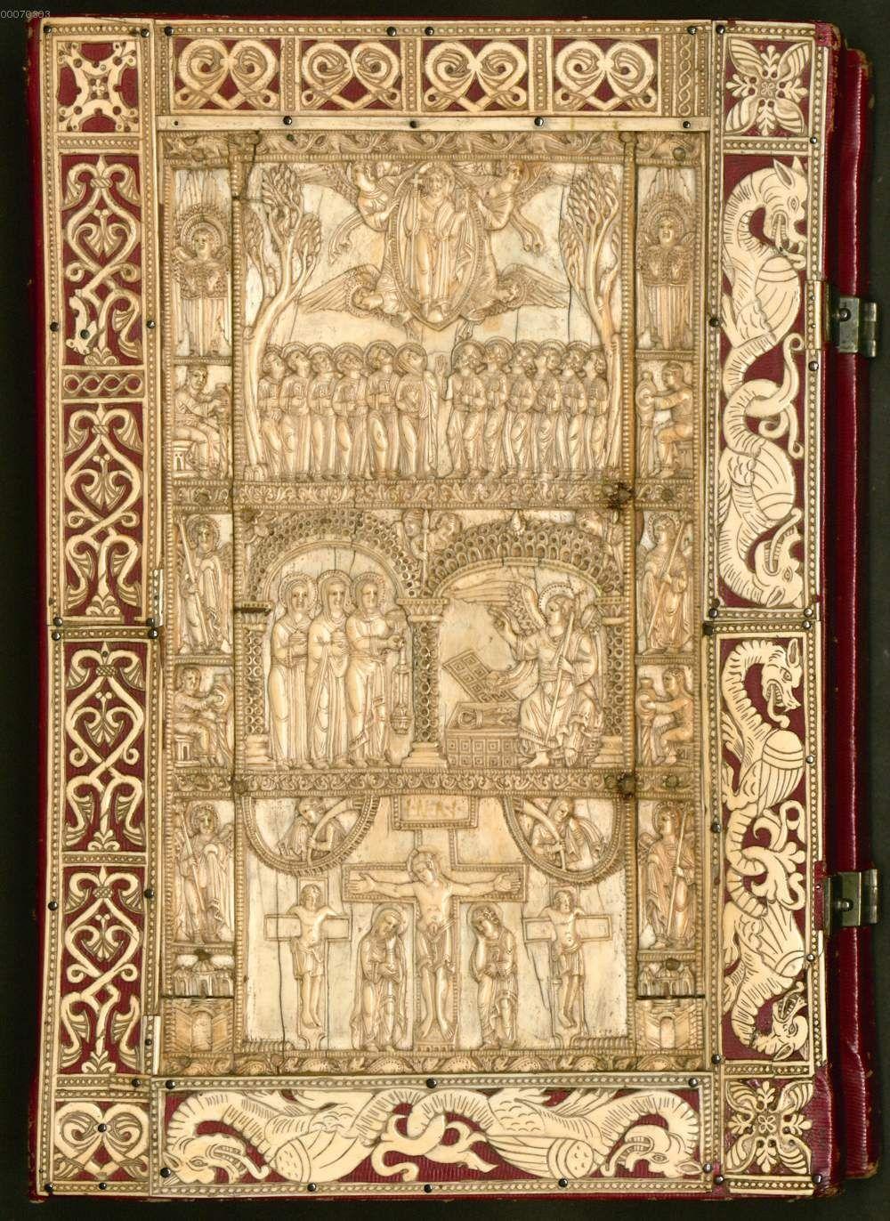 Kat 47 Oudalricus Evangelistar 12 Jh Vorderdeckel Mit Elfenbein Libri Antichi Vintage Libri