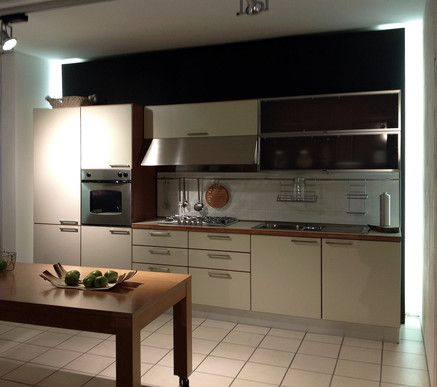 Cucina dada modello ada laminato magnolia top laminato - Top cucina in laminato ...