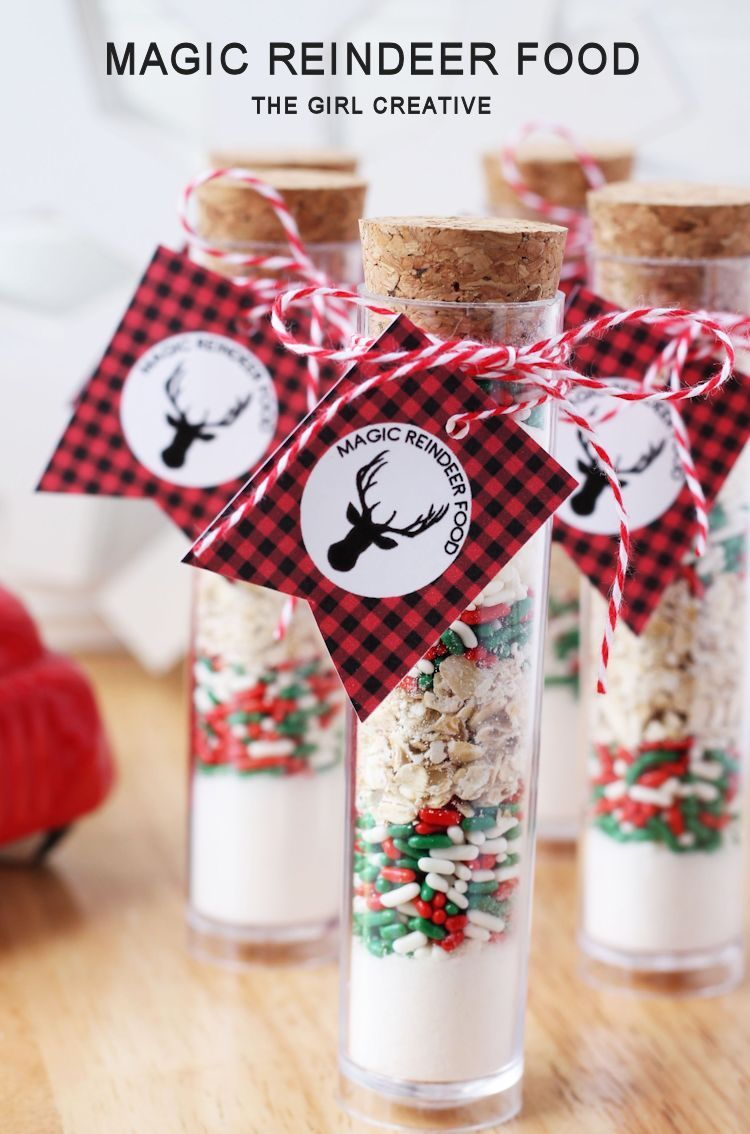 Magic Reindeer Food Printables and Other Christmas Traditions #reindeerfoodrecipe