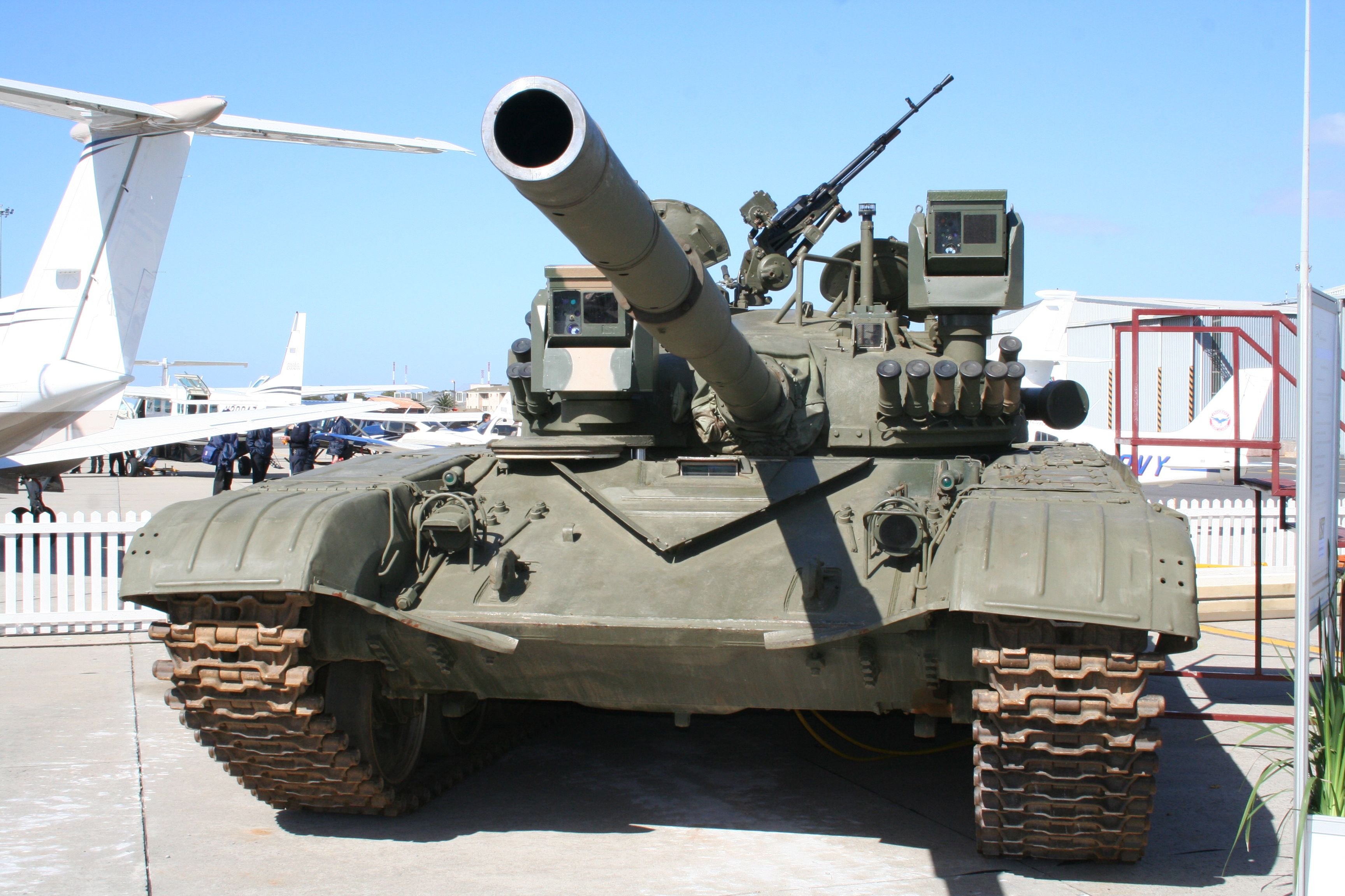 T 72 M1 Military Vehicles