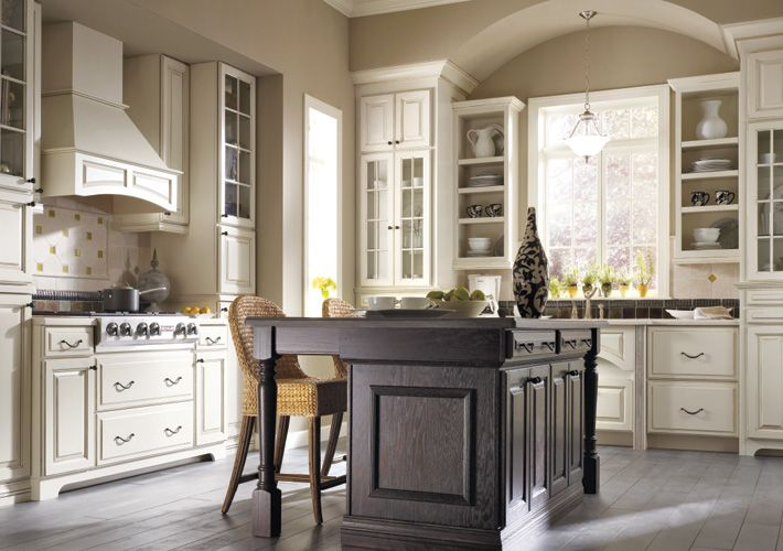 Thomasville Kitchen Cabinets >> Thomasville Traditional Kitchen In Off White Kitchen Ideas