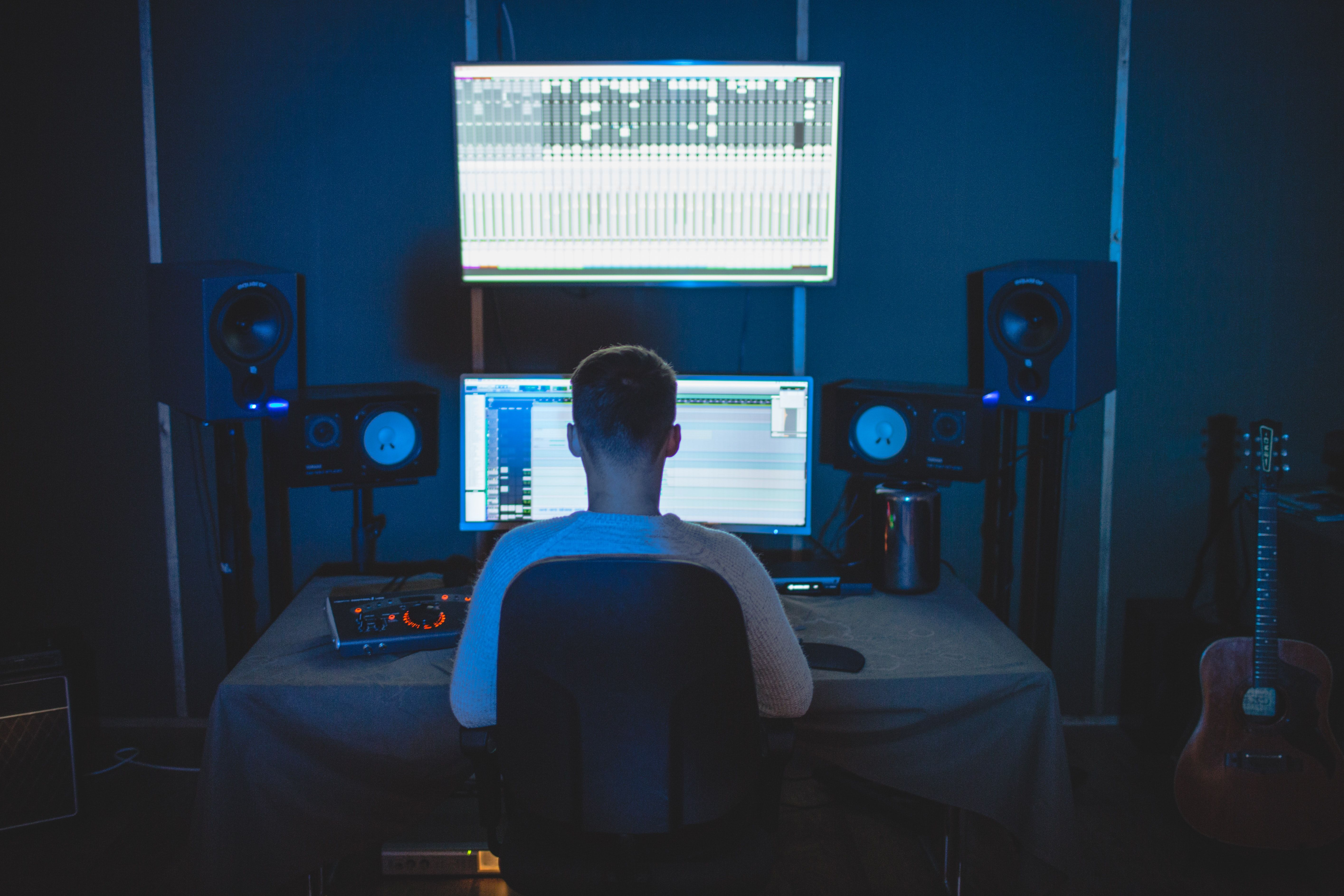 82 Of Artists Make Less Than 300 Per Year Through Streaming Logic Pro X Best Apps Studio Monitors