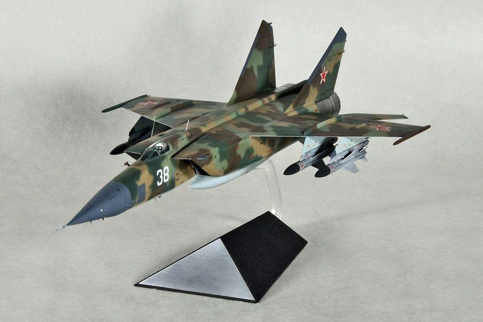 MiG-25BM 1/72 Scale Model   Aircrafts Modern Era   Pinterest   Scale