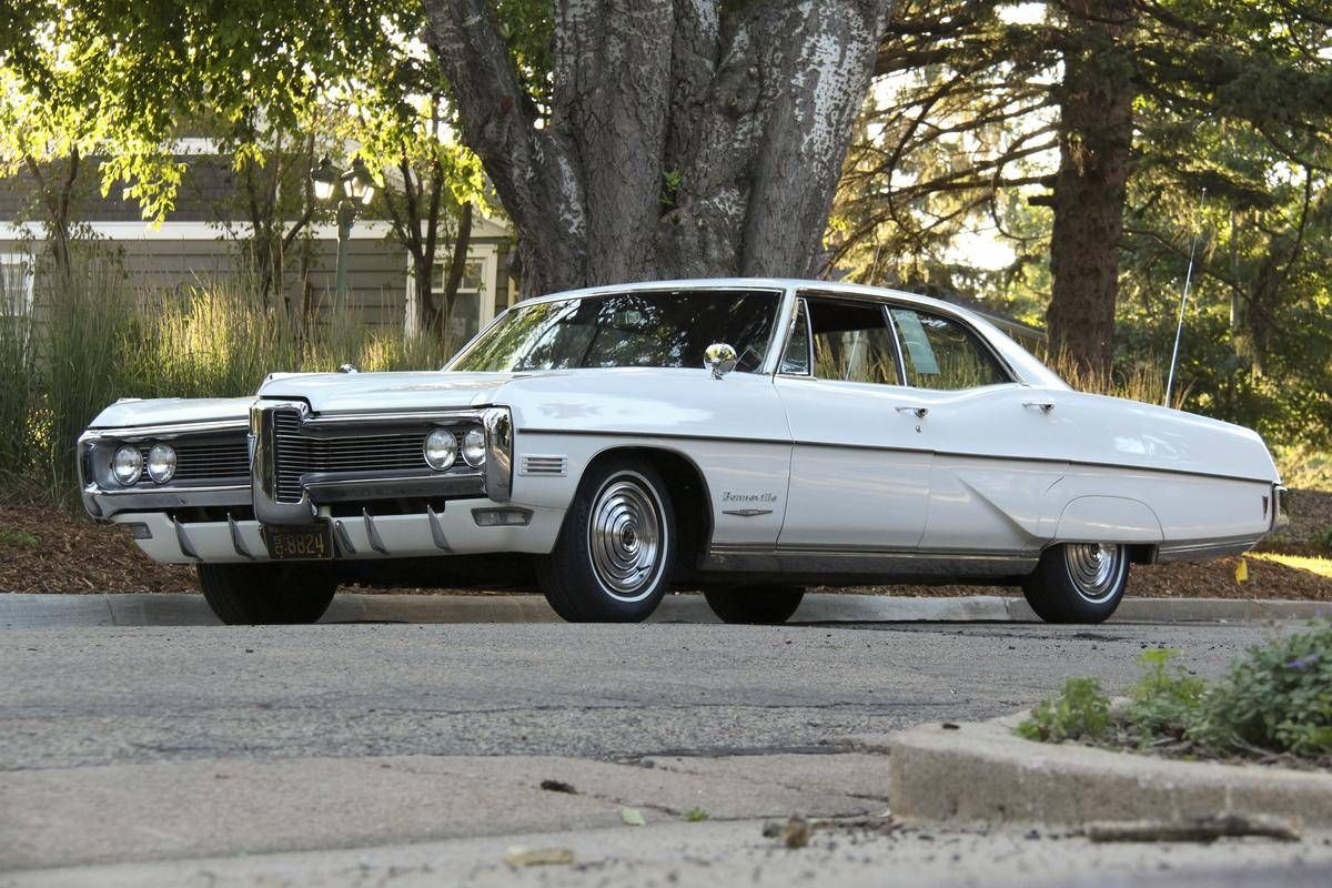 medium resolution of 1968 pontiac bonneville 4 door hardtop