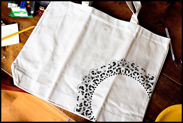 DIY {doily canvas bag} »