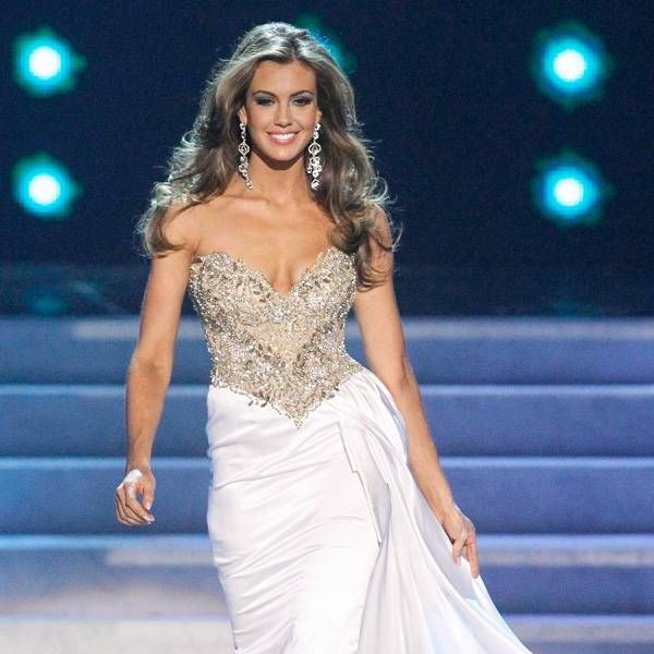 How You Should Model Your Evening Gown At Miss USA | Pageants, Gowns ...