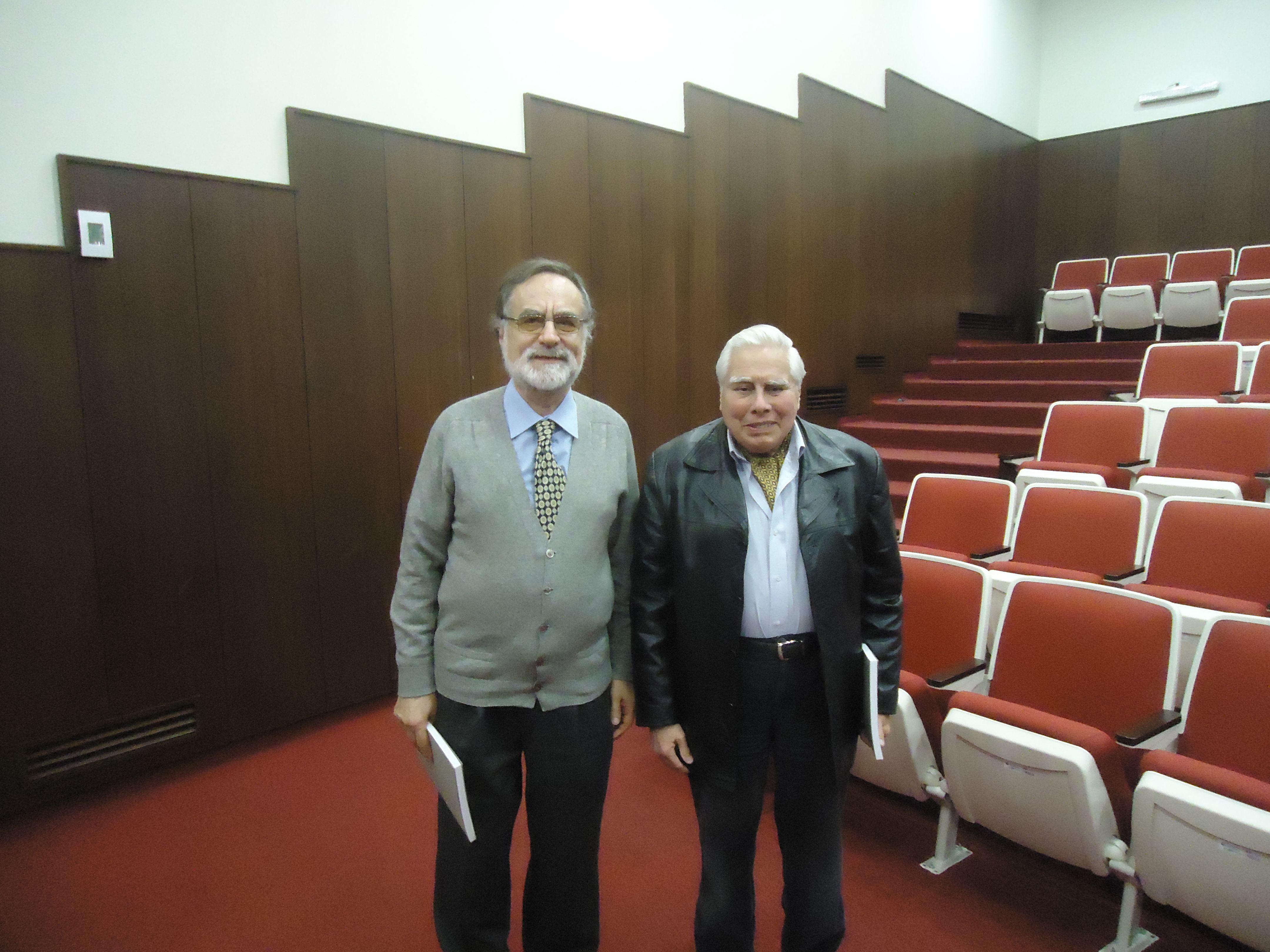 Jorge Acevedo Y Federico Camino En La P Universidad Católica Del Perú Lima Octubre De 2017 Conmemoración De Los 90 Años De La Publicación De Ser Y Filosofos