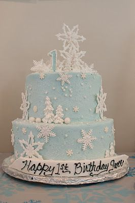 winter onederland - the cake! Frozen cake | Parties! | Winter ...
