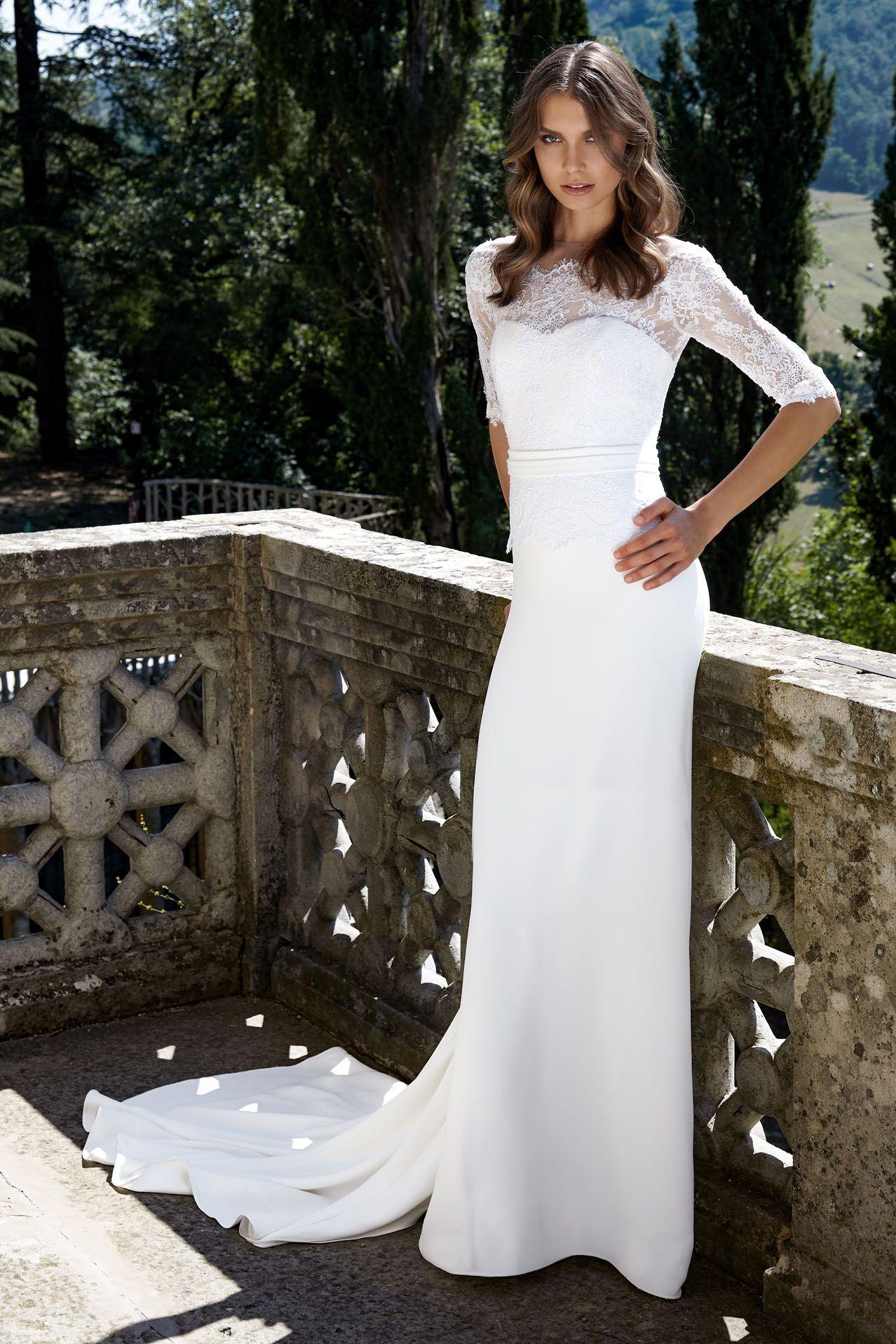 MODELLO SB 1518 Abito da sposa sensuale ed elegante con bustino in pizzo  Leavers rebrodé 720e60ffba4
