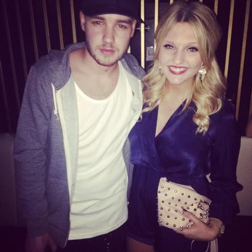 Chloeharee: Real_Liam_Payne SO FIT bit too happy