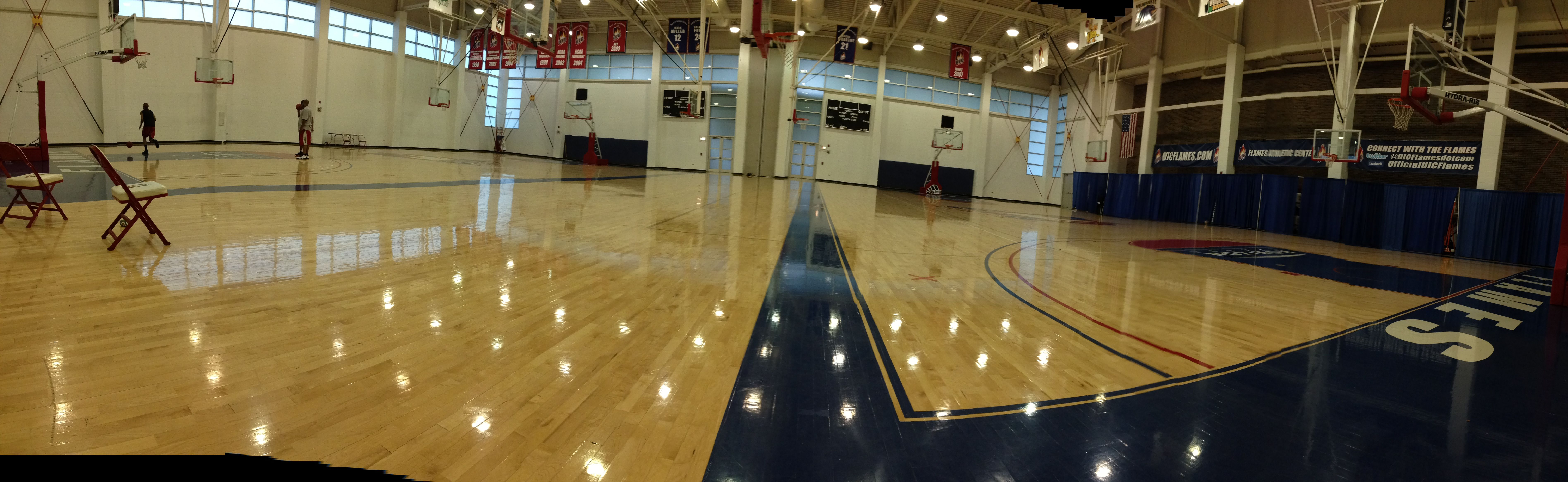 Open Gym Went Well At Uic Today Open Gym Gym Basketball Court