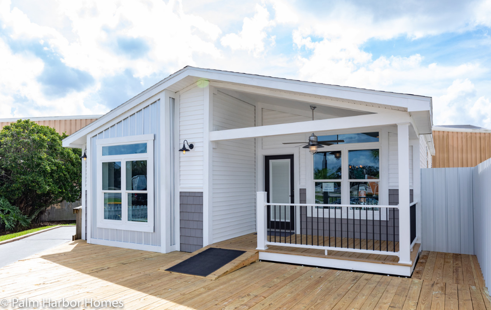 Cottage Farmhouse Florida Modular Homes In St Augustine Fl Offers The Best Modular In 2020 Palm Harbor Homes Mobile Home Exteriors Manufactured Homes Floor Plans