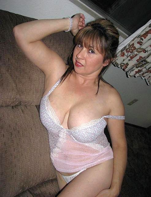 Online dating older women