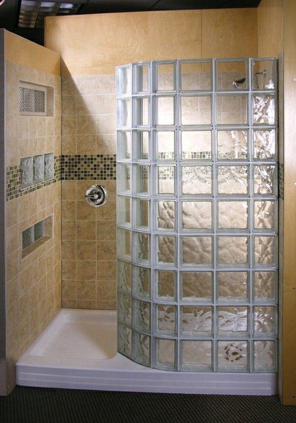 blocs de douche en verre pour un design cool Salle de bain