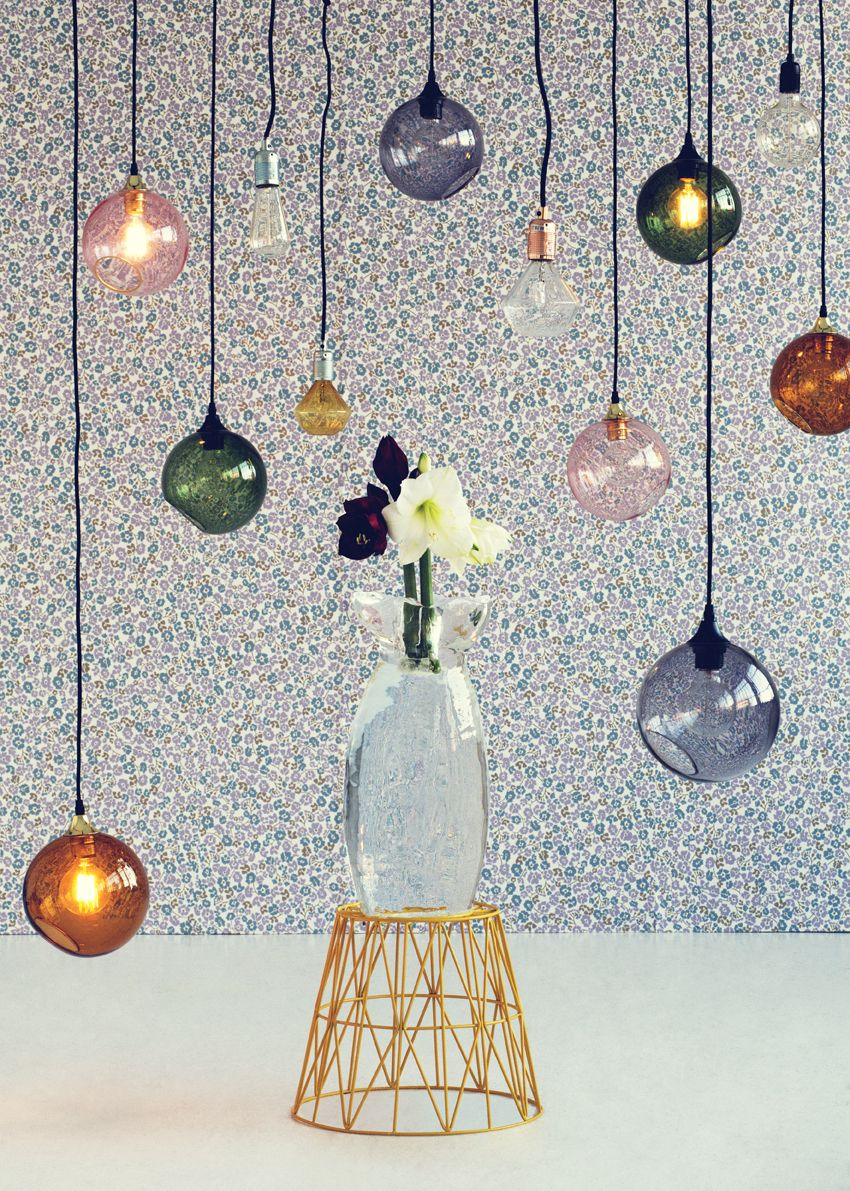 Pendants and flowers. Concept and styling by Nathalie Schwer & Line Juul Jarde. Photo by Line Thit Klein