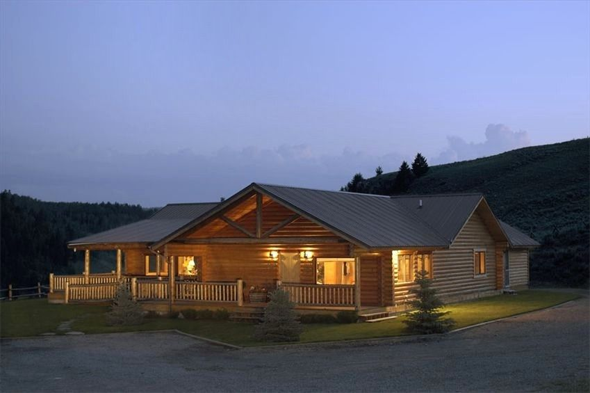 Lodge Vacation Rental In West Yellowstone From VRBO.com! #vacation #rental #