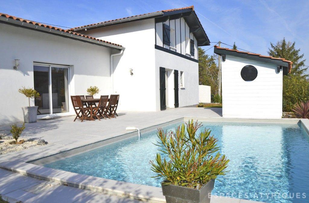 Biarritz  Maison du0027architecte avec piscine B i a r r i t z E