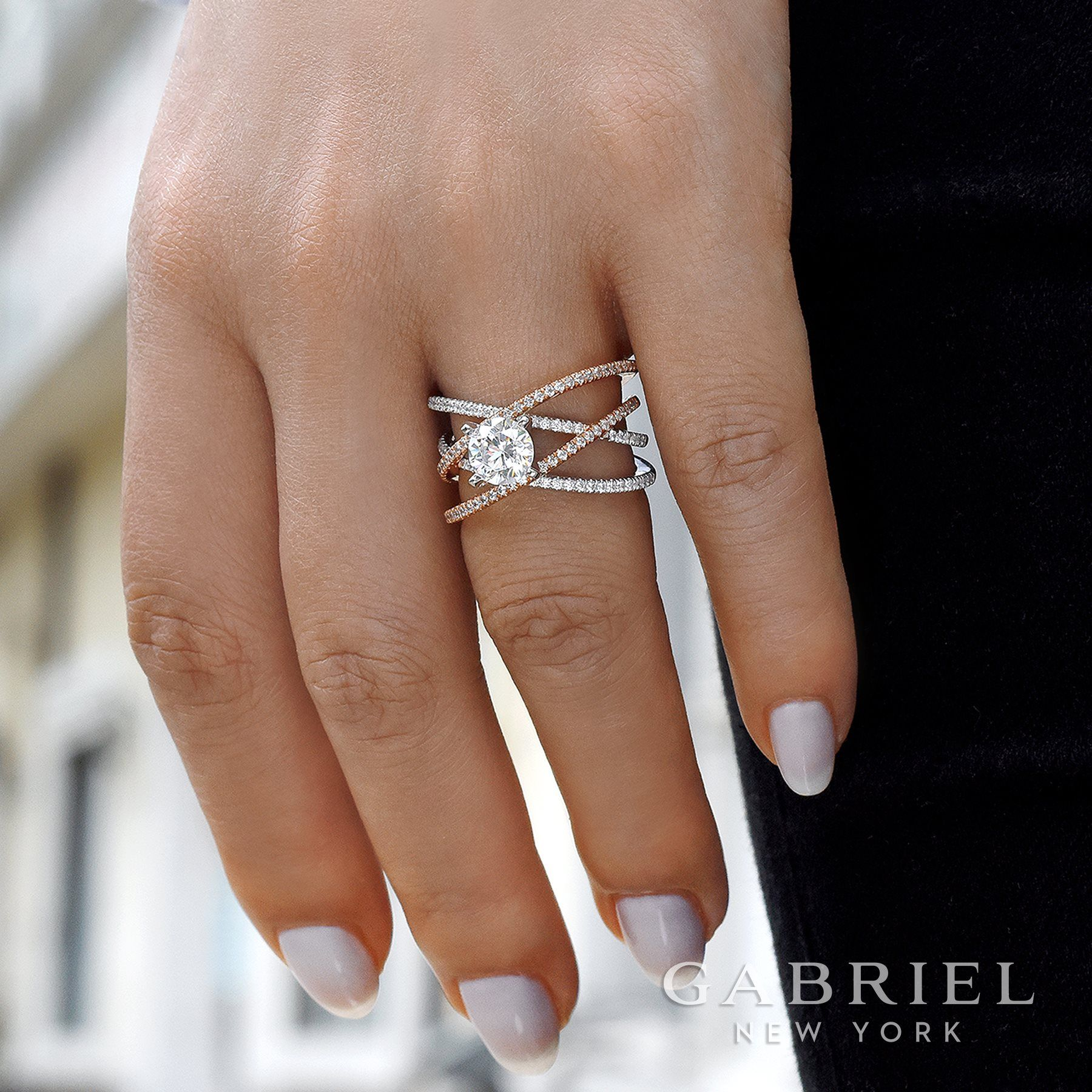 How do you like this Rose Gold and White Gold Criss Cross