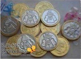 Bolos Para Bautizo Con Monedas.Bolo Moneda Con Aplicacion De Repujado Bolo Para Bautizo