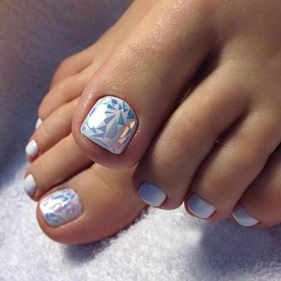 30 Majestic Fall Toe Nail Designs Images For 2019: #pedicure #nails #beauty #красота #салонкрасоты #педикюр