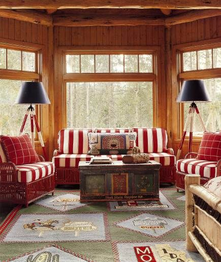 Master Bedroom Sitting Area Of An