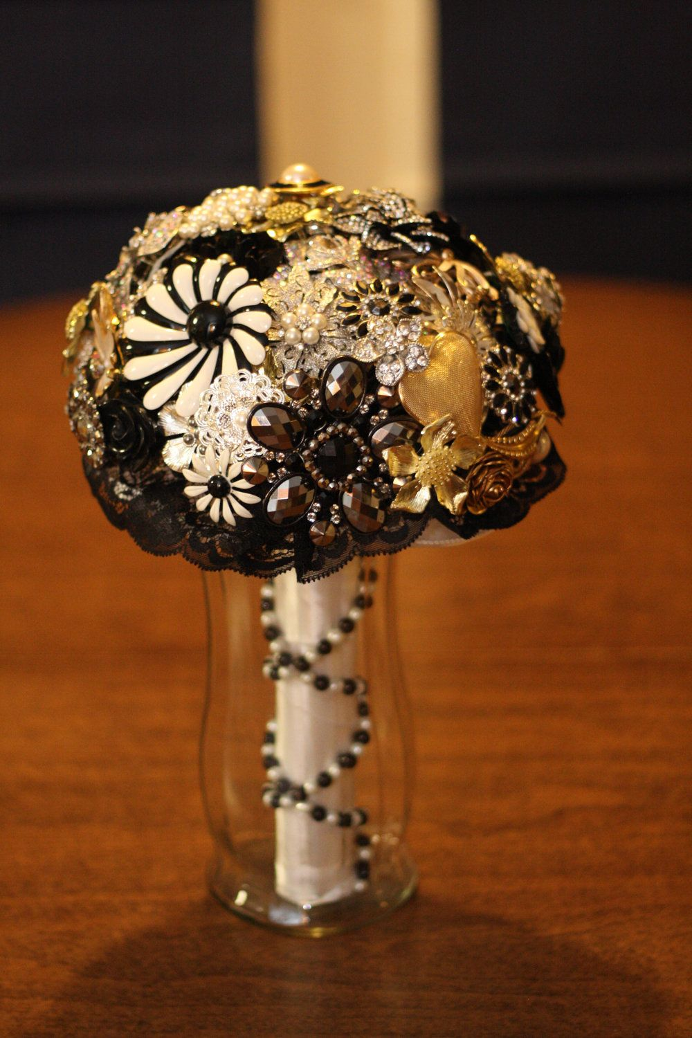 Bridal Brooch BouquetBlack, White, Silver & Gold. 700