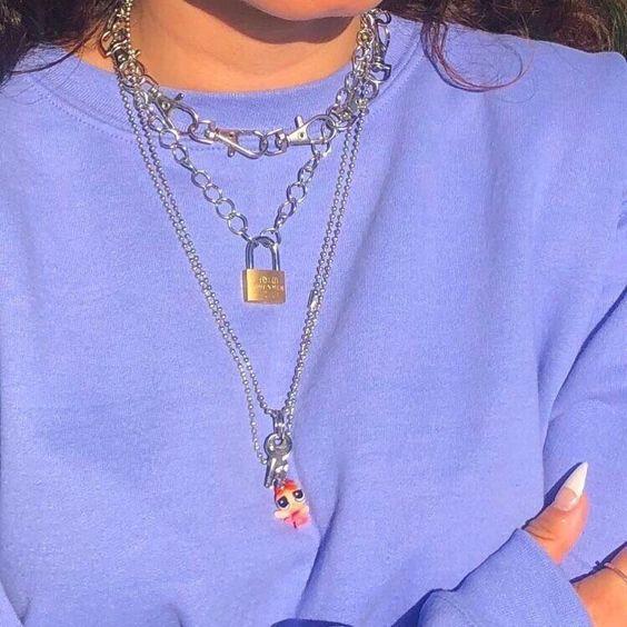 14f835d324e8f Pin de xxineko em jewelry precious em 2019   Looks femininos, Jóias e Look  com tenis