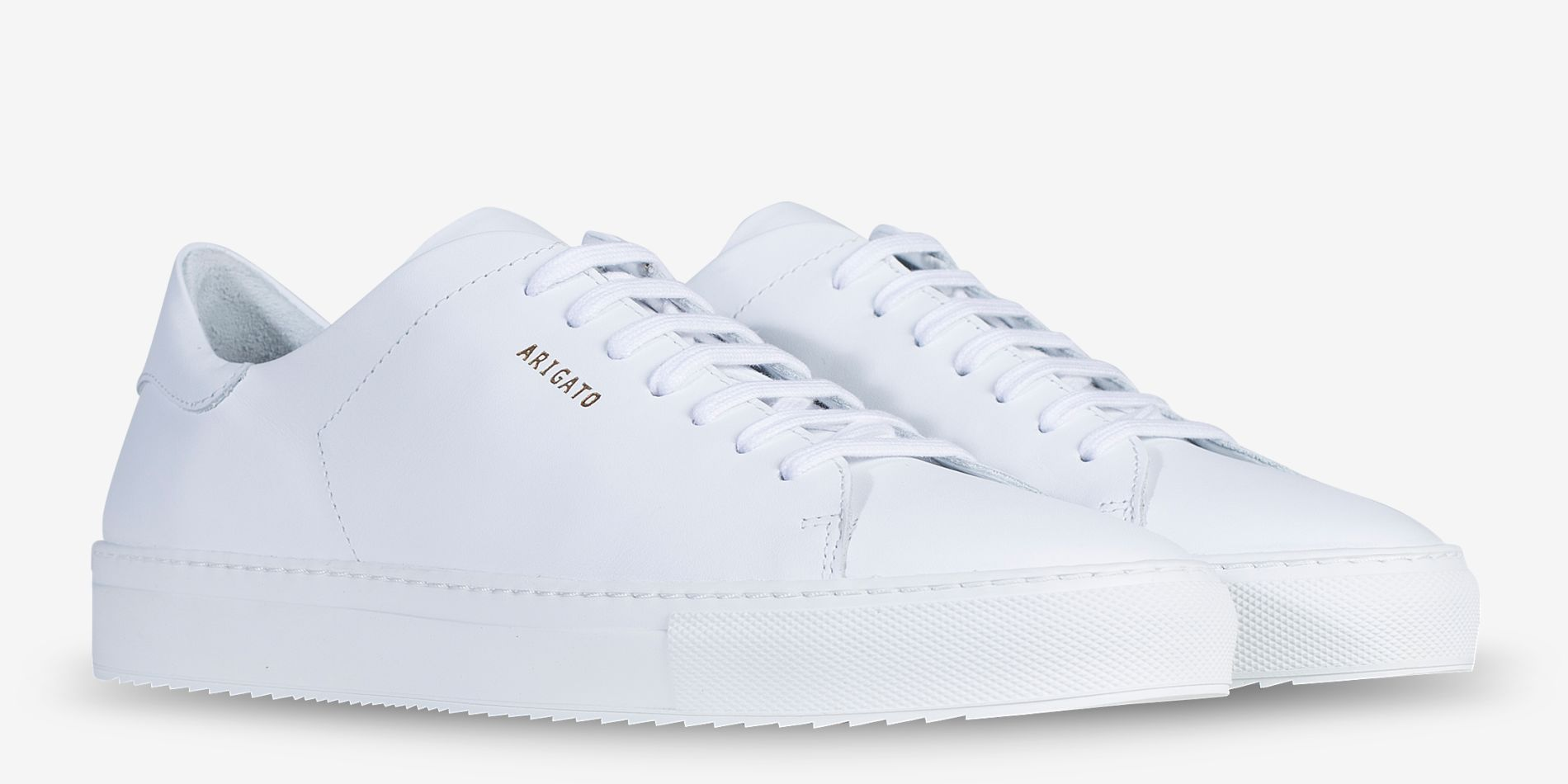 sports shoes bd5d0 5371f AXEL ARIGATO - Clean 90 Sneaker White Leather | Common Projects ...
