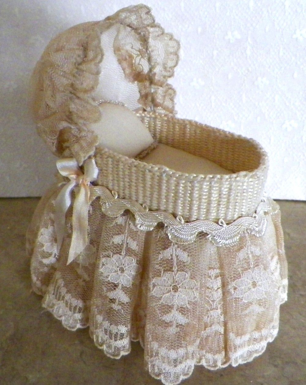 Handmade Wicker Moses Basket : Handmade wicker bassinet with vintage golden lace