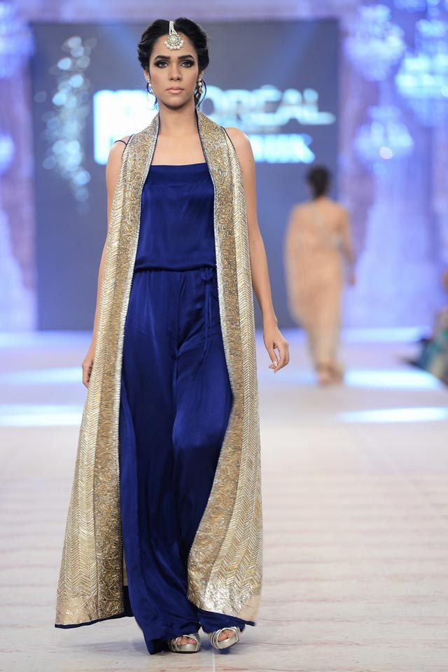 5b4672bdbf Nida Azwer Ghalib Collection at PFDC L'Oréal Bridal Week 14 ...