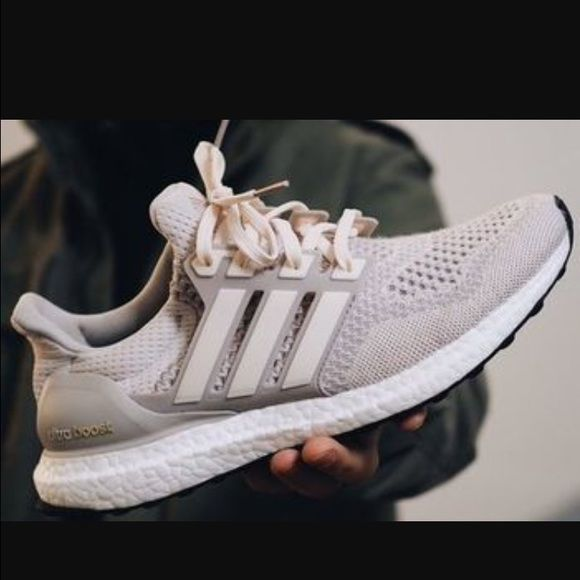 sports shoes fd607 53ae3 amazon adidas ultra boost cream chalk fb663 8219b