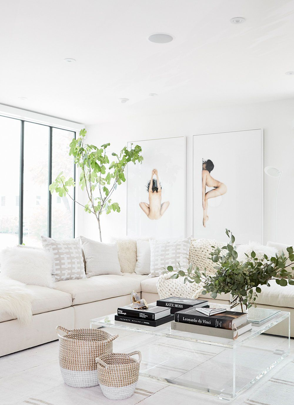 Step Inside Jen Atkin S Modern Home Makeover By Consort Fresh Minimal Cozy All White Living Room