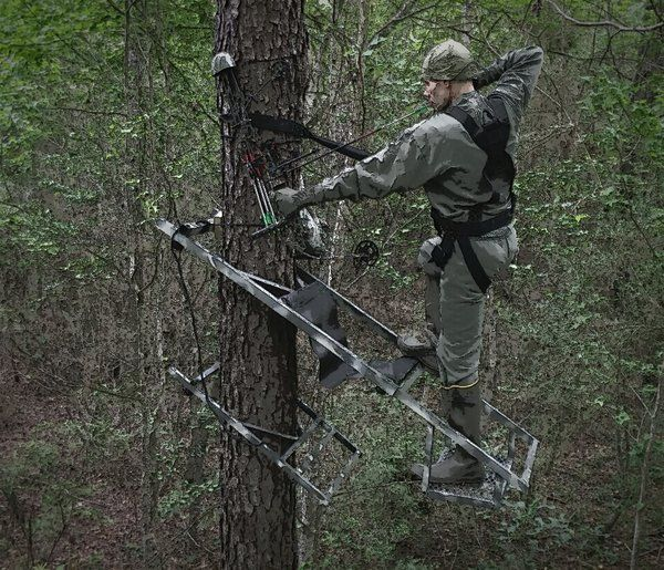 Bowhunter 250 Climbing Stand Bow Hunting Deer Hunting
