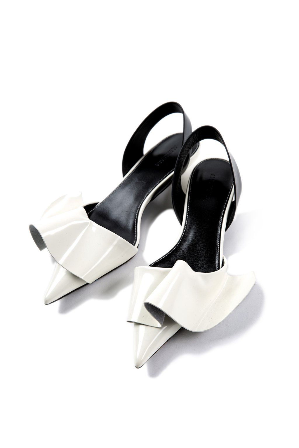 The Wendy Shoes White Shoes Chic Shoes Chic Shoes Shoes Kitten Heel Sandals