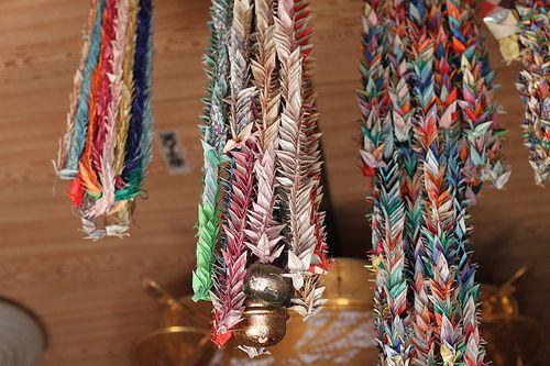 @ http://olgajazzzy.blogspot.com/, Paper crane garlands in Buddha Museum