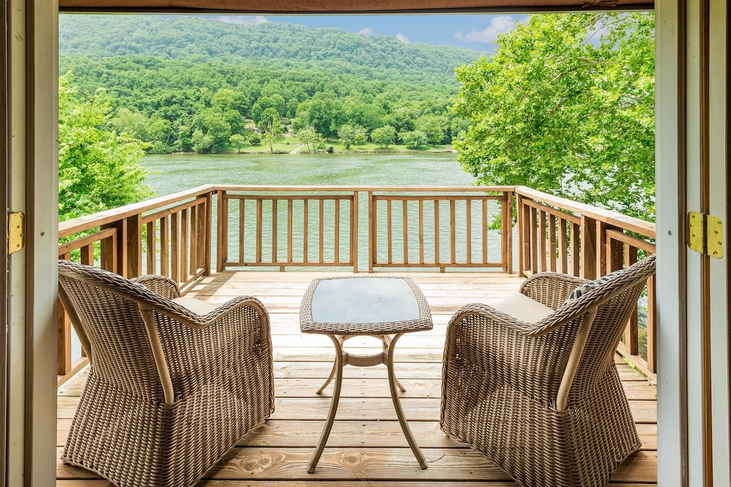 Tennessee River House - Houses for Rent in Chattanooga ...
