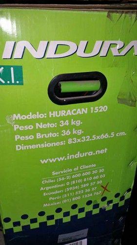 Se vende un compresor nuevo marca Indura con las siguientes características: Marca: Indura Modelo: HURACAN 1520 Peso Neto: 34 Kg. Peso Bruto: 36 Kg. Dimensiones: 83x32x66.5 cm. Voltaje: 110v...