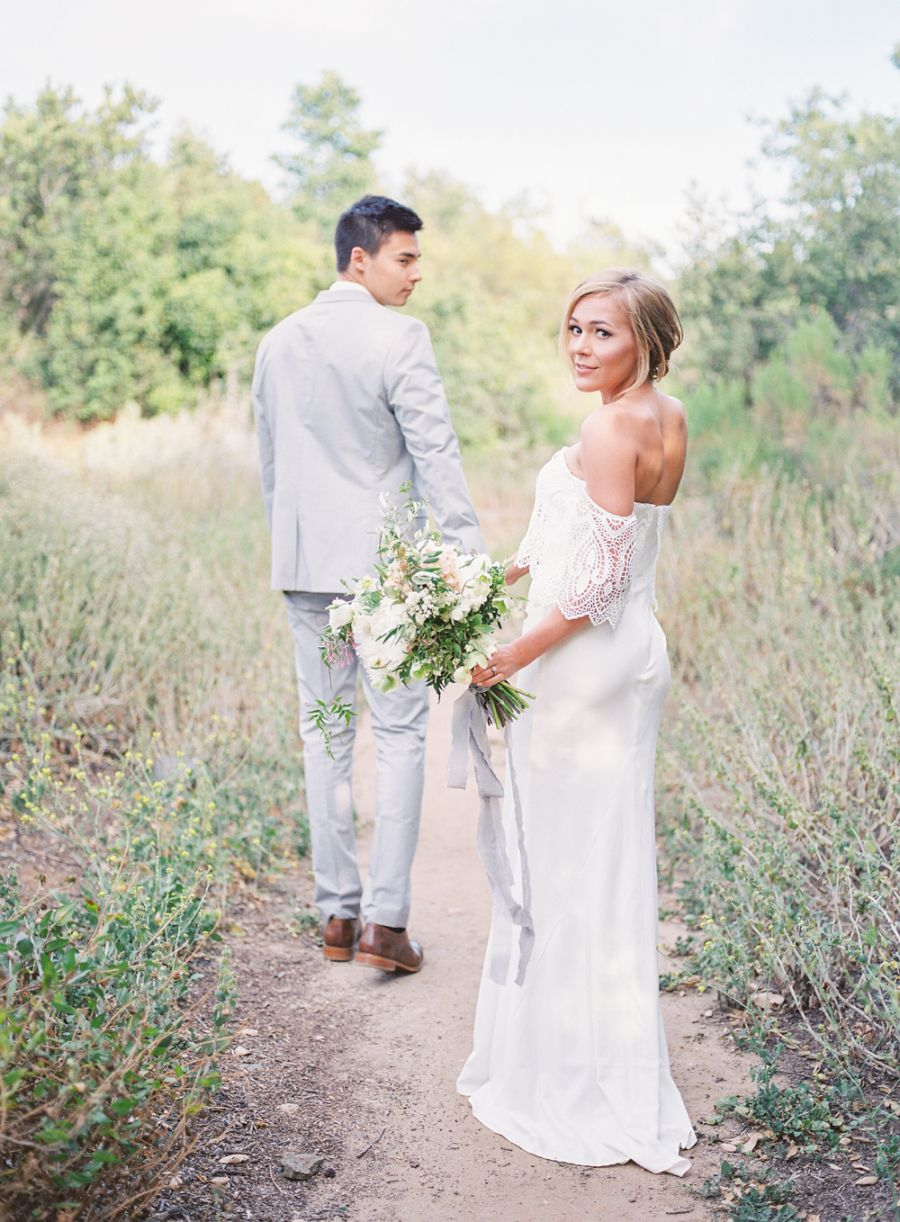 Boho chic style lush bouquets are our engagement musthaves