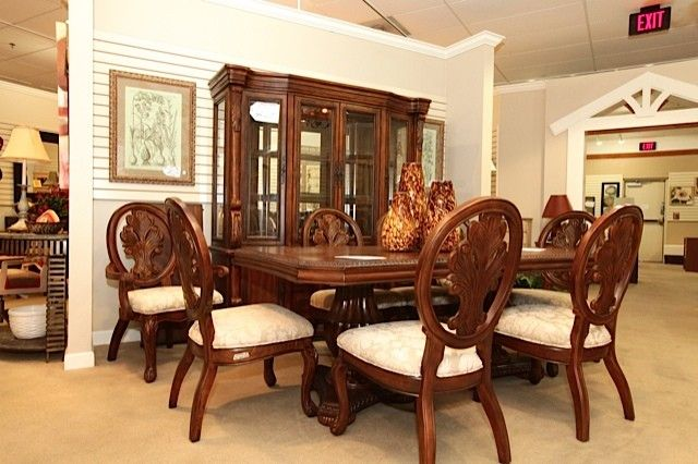 Enjoyable Ornate Dining Table With 6 Chairs And China Hutch Uwap Interior Chair Design Uwaporg