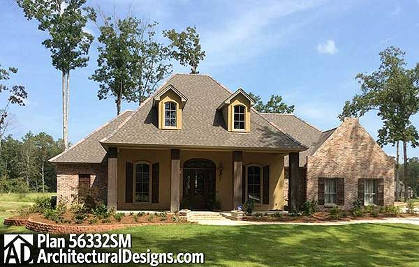Plan 56332sm Split Bedroom French Country Home Plan Acadian House Plans French Country House Southern House Plans