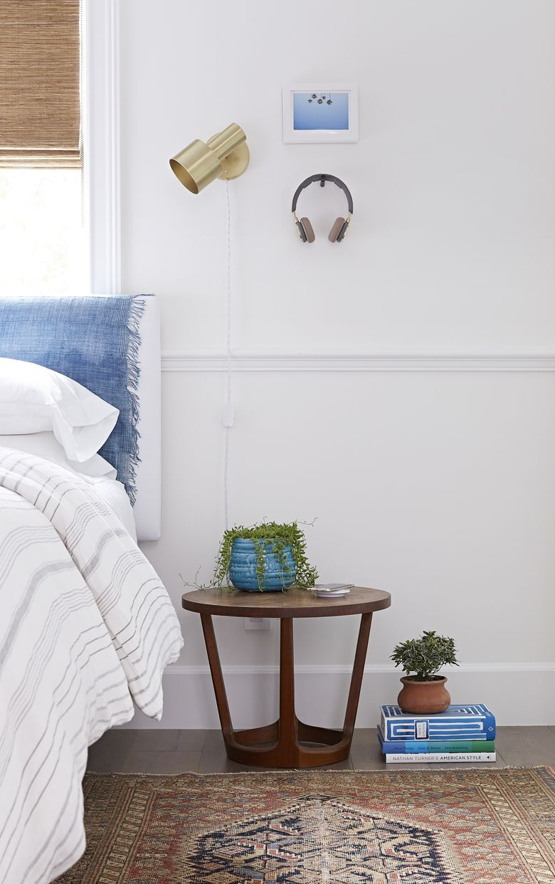 high tech guest room Room, Guest room, Throw pillow