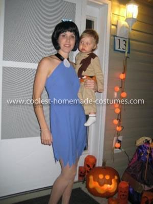 coolest rubble family costume - Halloween Flintstones