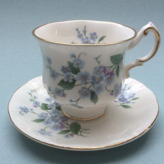 Vintage+English+Bone+China+Paragon+by+FlowersfromthePast+on+Etsy