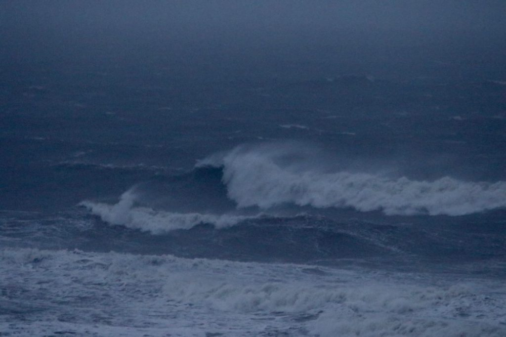 Surfing Huge Hurricane Dorian Waves Florida Surf Report Jacksonville Beach Pier Surfing Jacksonville Beach