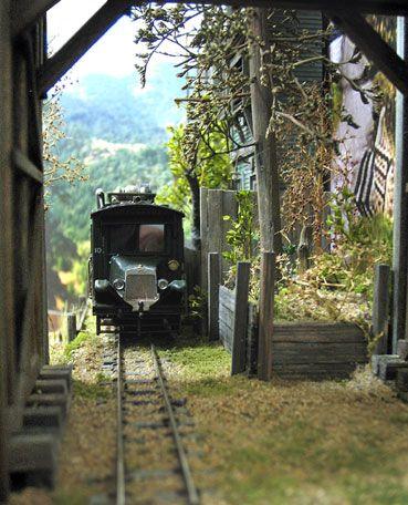 2 ft  gauge on N gauge track - Narrow Gauge - Model Railroad