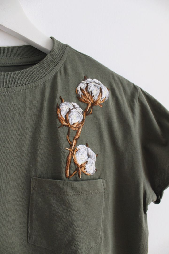 Photo of Embroidered shirts Embroidered shirt T-shirt embroider T-shirts embroidered T-shirt embroi…