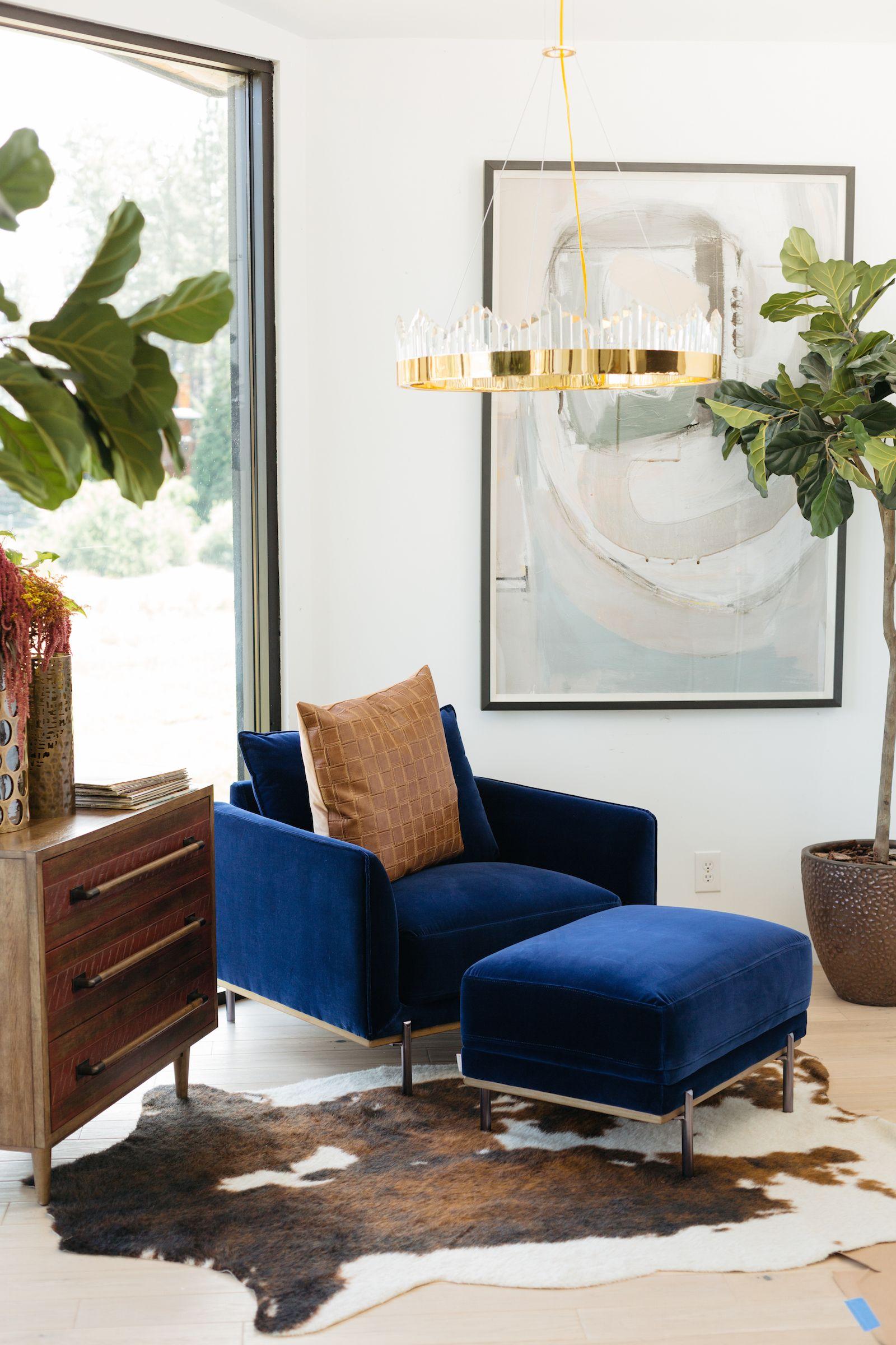 Casual Velvet Chair in Blue | Living in 2019 | Chair, Living ...