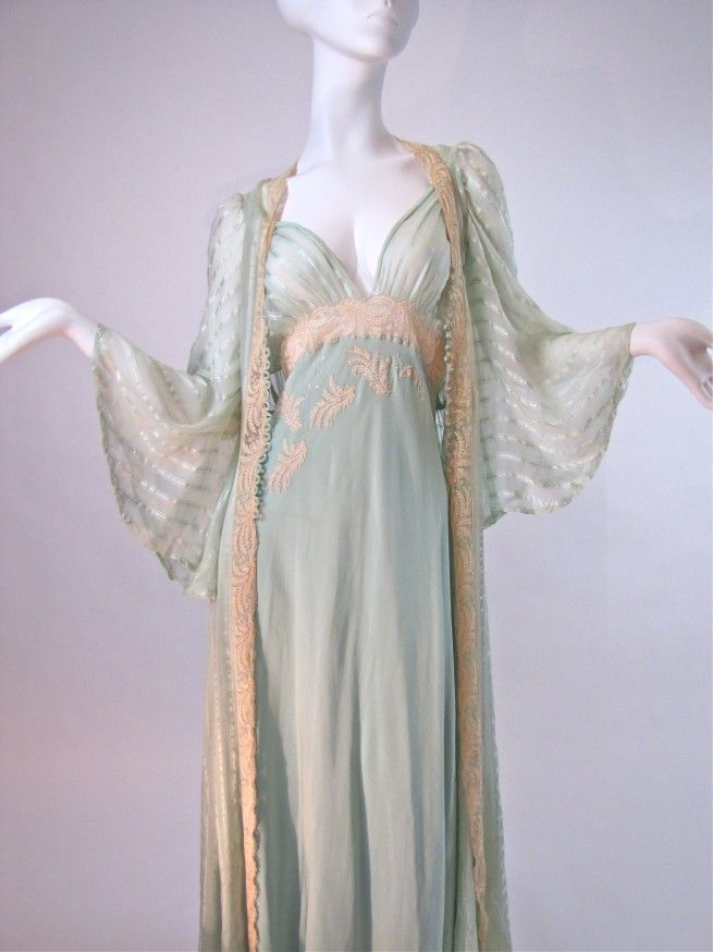 Vintage 1930 s Bridal Trousseau Silk Peignoir Set 566b1b3be