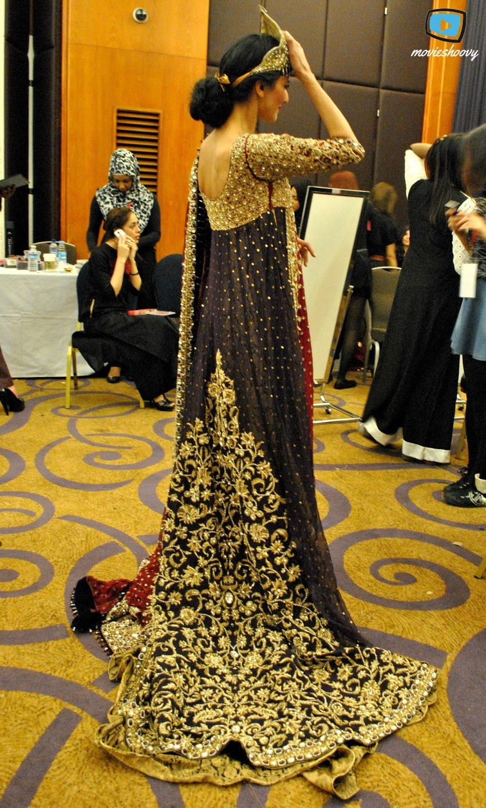 Fashion Pakistan week 4 London. Pakistani bridal dress . Indian ...
